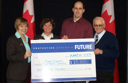 Town gets $25,000 from New Horizons for Seniors Program